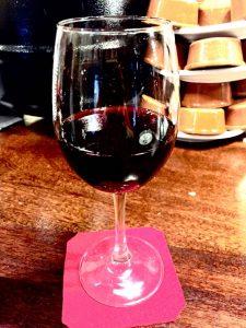 Los beneficios del vino, copa de vino