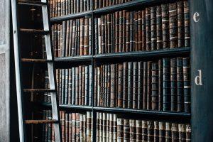 Olor a libros, uno de los 5 aromas relajantes