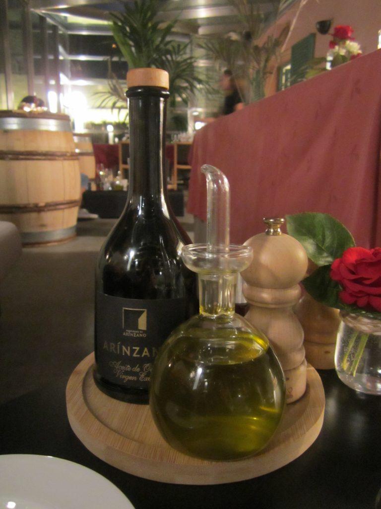 Aceite de oliva elaborado en la finca
