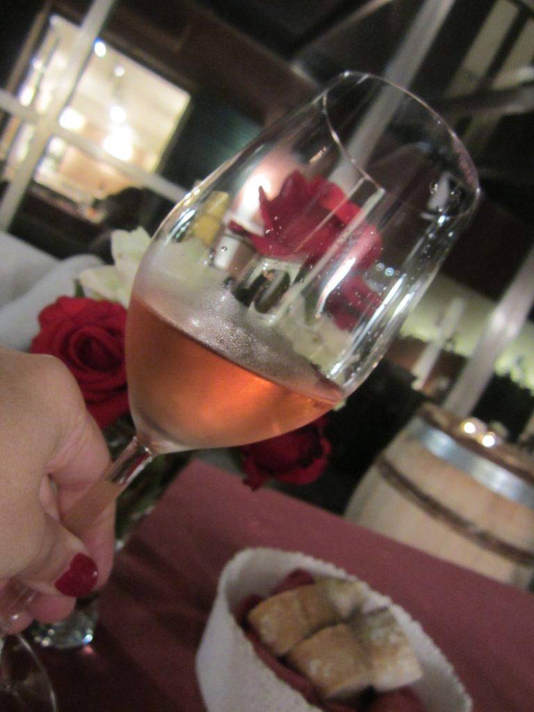 Copa de vino rosado de Arínzano