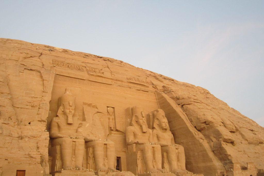 Abu Simbel templo imprescindible que hay que ver en Egipto