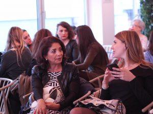 Algunas de las asistentes al evento Mujeres Comunicando