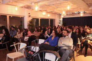 El público durante el evento Mujeres Comunicando
