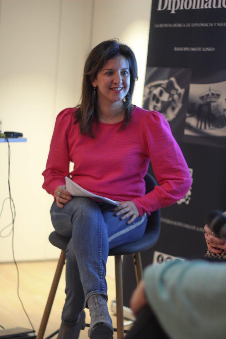 Pilar, moderadora del evento II Aniversario Style4life Mujeres Comunicando