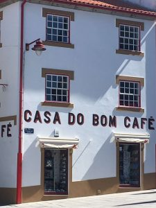 El café y las cafeterías abundan en Portugal