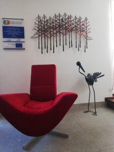 Sofá en el Geo Hotel Monsanto de Portugal