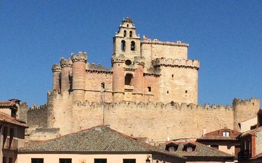 Vista de Turégano y su castillo