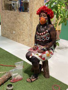 Mujer panameña indígena